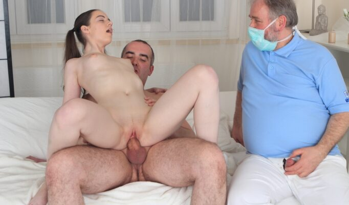 Porno-Video-Papa-Liubit-Dochku-Devstvennitsu